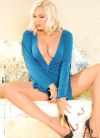 Eleanor - an agency escort in London