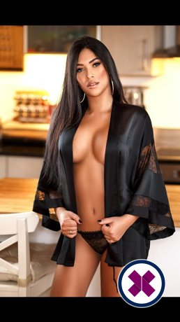 Isabella is a super sexy Romanian Escort in Westminster