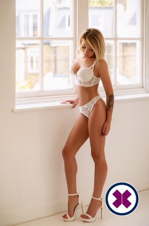 Candri is a hot and horny Russian Escort from Camden