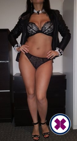 Sexy Giulya is a super sexy Romanian Escort in London