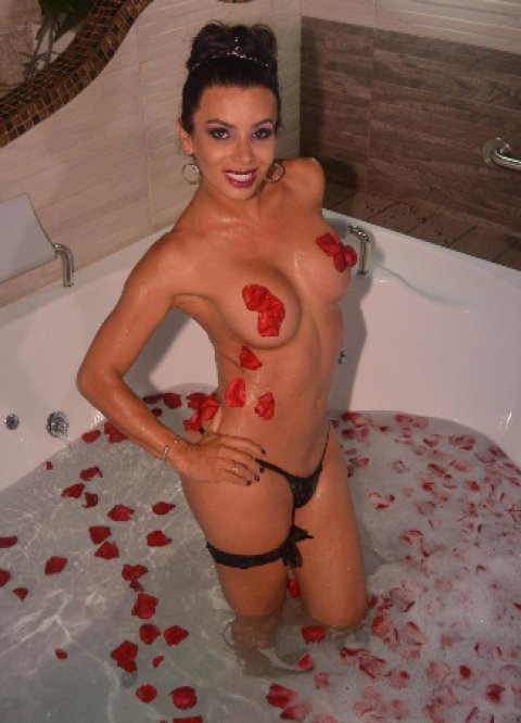 Sexy Natalia TS - massage in Manchester