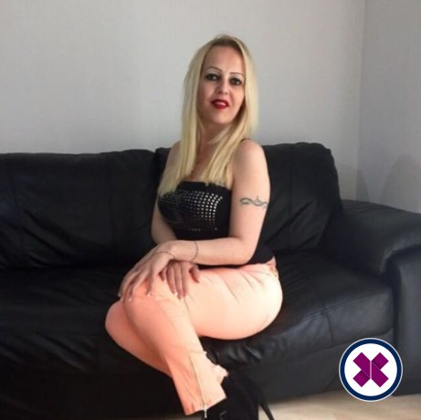 Sexy Emma is a very popular Italian Escort in Manchester