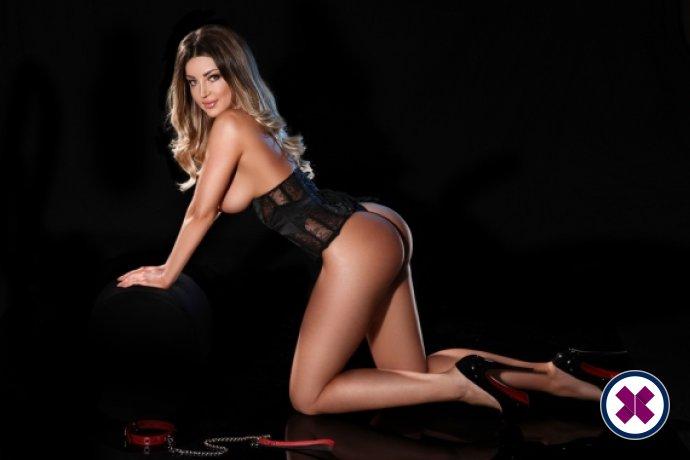 Agata er en sexy Czech Escort i Harrow